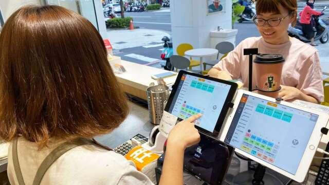 經部通過肚肚加碼補助餐飲業 每家可免費獲iPad+智慧型POS系統。(圖:肚肚提供)