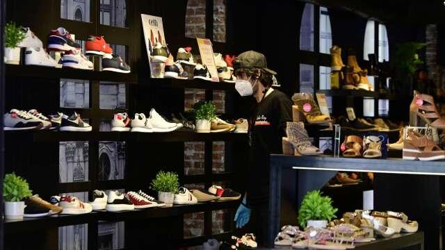 全球首創運動鞋底一站式智慧產線 助台廠打世界盃。(圖:AFP)