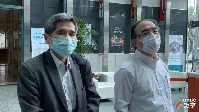 左起為友訊獨立董事鍾祥鳳、馮忠鵬。(鉅亨網資料照)