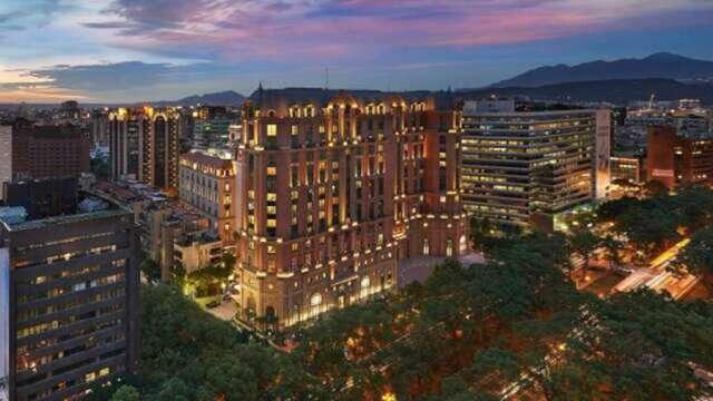 台北文華東方酒店預定6/7資遣212人 交長:未接獲紓困申請。(圖:台北文華東方提供)