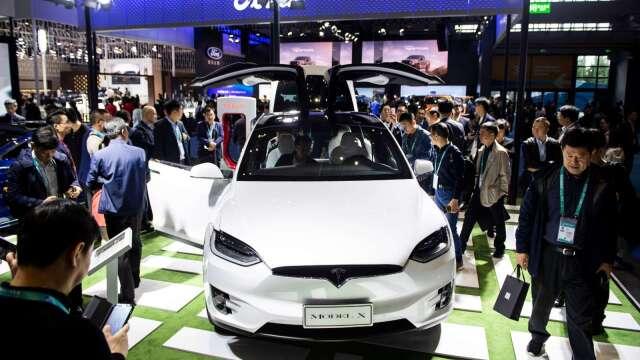 特斯拉帶動熱潮!調研機構:2021年電動車銷量將激增36%(圖片:AFP)