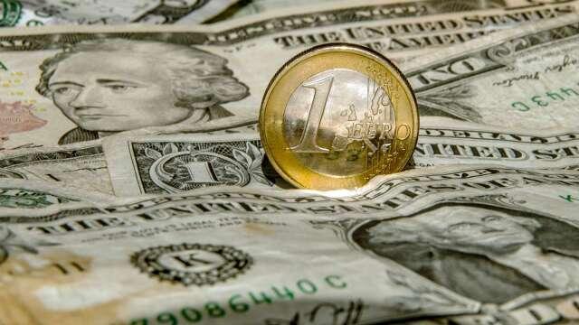 投機者10週以來首度減少美元多頭 加碼看漲日圓、歐元(圖:AFP)