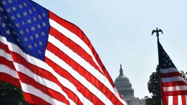 川普預定本周會晤白宮官員討論新一輪刺激措施,但示威活動正在全美各地爆發。(圖:AFP)
