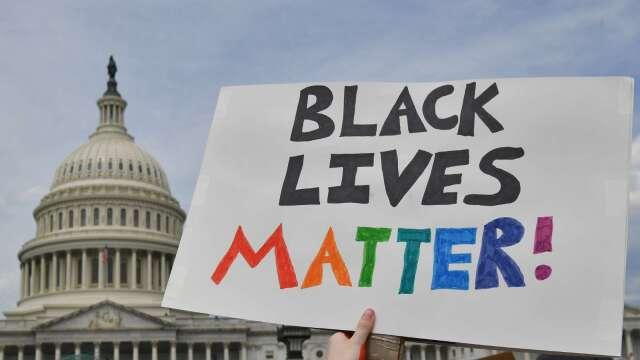 軟銀創設上億美元基金 支援有色人種創業 (圖片:AFP)