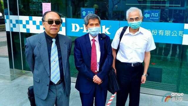 圖左至右為友訊獨董馮忠鵬、鍾祥鳳,以及董事長李中旺。(鉅亨網資料照)