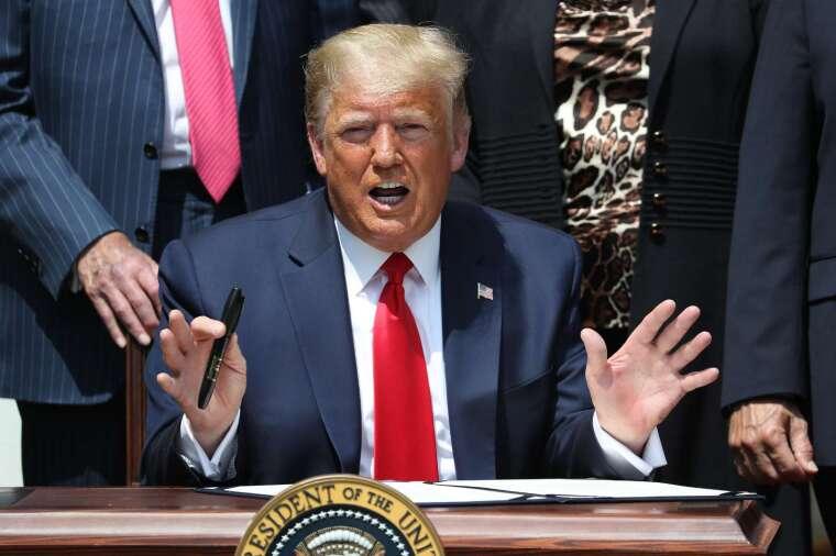 川普在白宮玫瑰花園演說。(圖: AFP)
