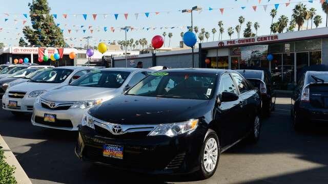疫情解封後 美5月汽車銷售出現緩慢復甦(圖片:AFP)