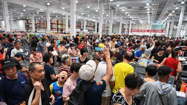 中國5月零售銷售年減2.8% 不如預期    (圖片:AFP)