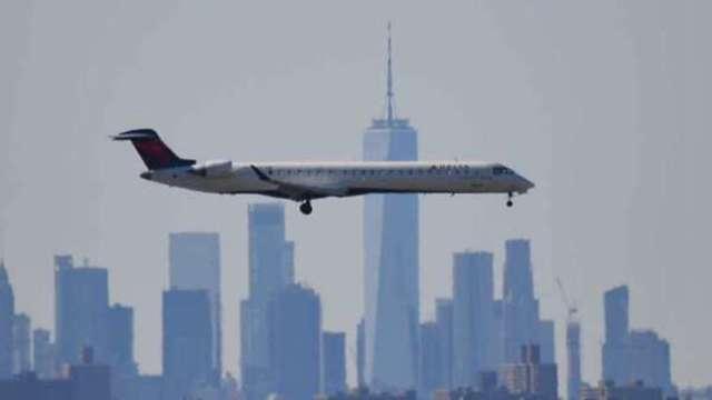 美國運輸部 : 美、中放寬飛航限制 每週可往來4班   (圖:AFP)