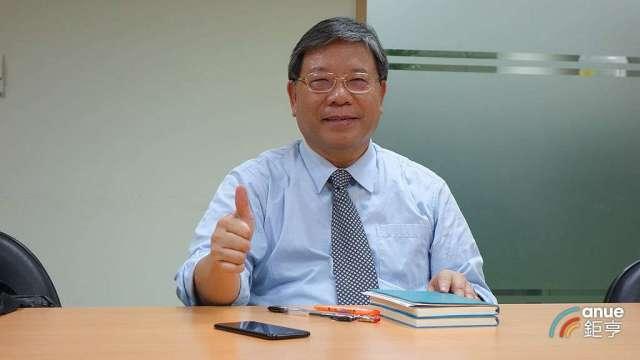 中原大學20日將要授予臻鼎科技董事長沈慶芳理學榮譽博士。(鉅亨網記者張欽發攝)