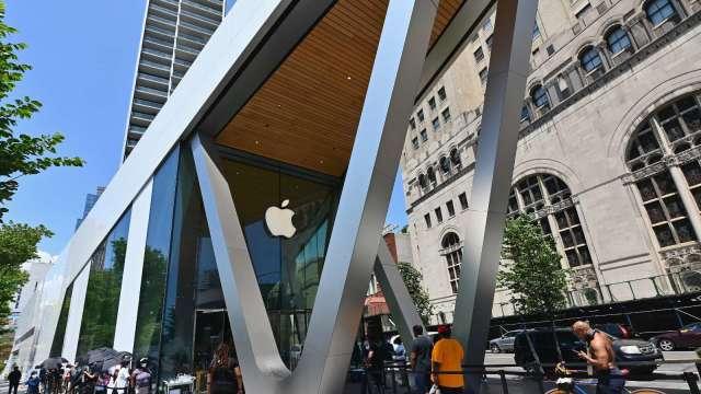 蘋果Mac採自家晶片 旗下產品邁向無縫體驗 產業鏈樂  (圖片:AFP)