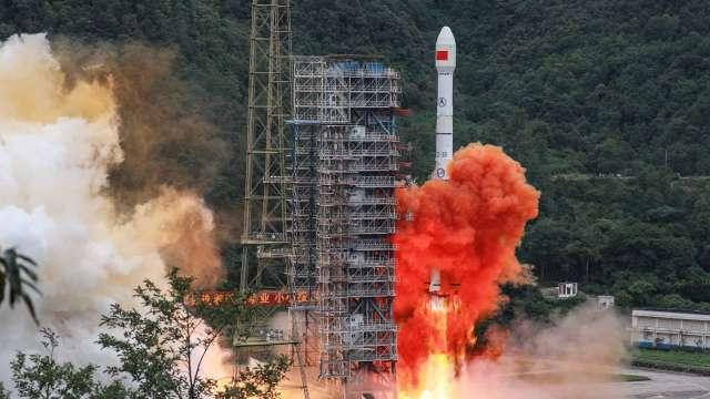 中國北斗衛星完成布局 冀望擺脫對美依賴   (圖片:AFP)