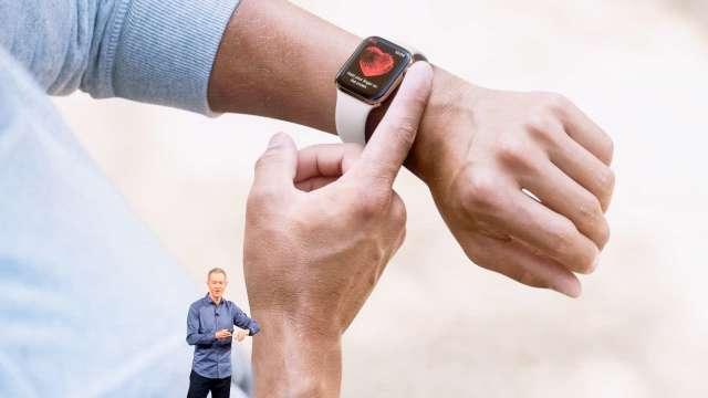 Apple Watch感測器有助於遠端監控復健療程(圖片:AFP)