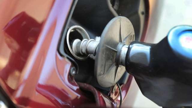 中油:汽、柴油價格29日起各漲0.3元。(圖:AFP)