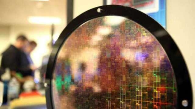 美光賽靈思神助攻 晶片股創網路泡沫以來最佳季表現 (圖片:AFP)