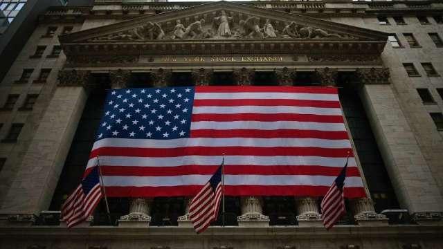 美股第2季大漲之際 高盛:公司「倒貨」量創史上新高(圖:AFP)