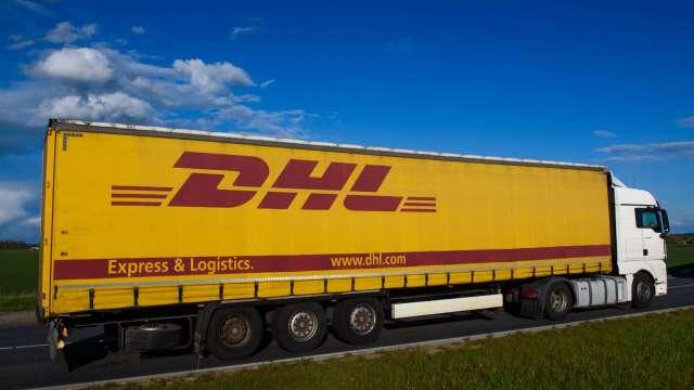 邊境緊張拖累貨物通關 DHL、FedEx暫停自中國出貨至印度 (圖:AFP)