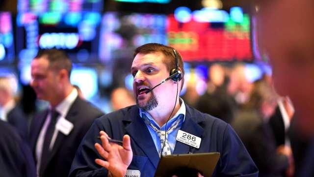 〈美股盤後〉華爾街第三季開局樂觀 那指再刷歷史新高。(圖片:AFP)
