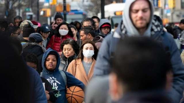 世衛警告:疫情加速 部分國家或需再次封鎖  (圖:AFP)