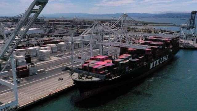 美5月貿易赤字增加9.7% 進出口雙雙跌至逾十年低點(圖:AFP)