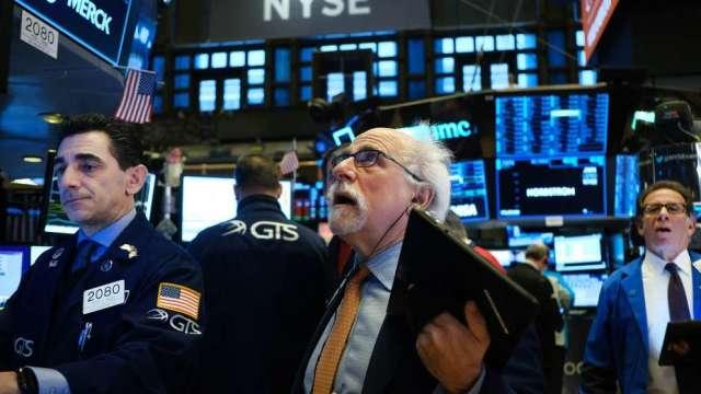著名經濟學家:V型復甦期待將破滅 美股可能暴跌30-40%(圖:AFP)