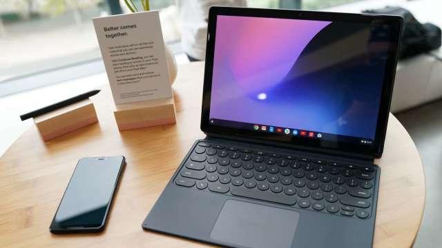筆電出貨暢旺,廣達、仁寶Q2營收季增逾4成。(圖:AFP)