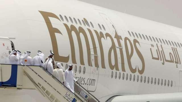 不敵疫情 阿聯酋航空宣布裁員9000人 (圖:AFP)