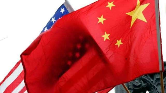 恆生期貨夜盤微漲!川普暫不制裁林鄭月娥等中國高官。(圖片:AFP)
