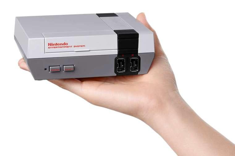 復刻版迷你 NES 主機 (圖片:AFP)