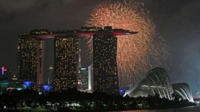 新加坡央行:受疫情打擊 新加坡經濟仍深陷泥沼(圖:AFP)