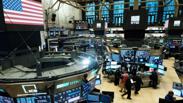 〈美股盤後〉 蘋果微軟領跌科技股 台積電ADR漲0.80% 四大指數同步收黑 (圖片:AFP)