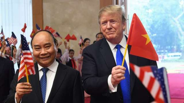 越南首度由美國進口煤炭 還承諾買更多美國商品(圖:AFP)