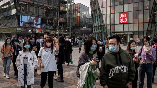 小摩:中國消費動能穩固 有望Q3復甦 (圖:AFP)