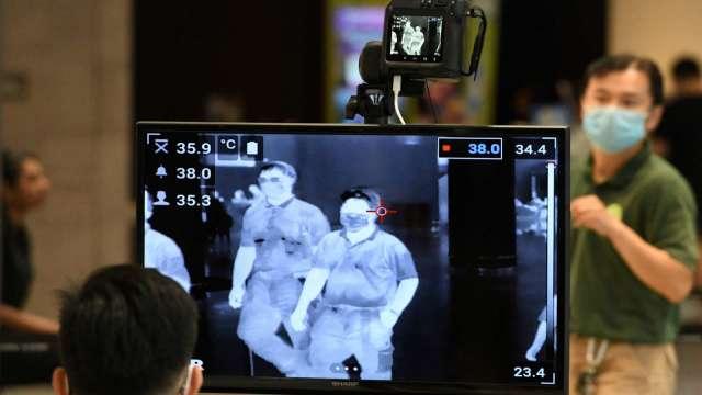 國內再添2例新冠肺炎菲國境外移入 與昨確診台商無關。(圖:AFP)