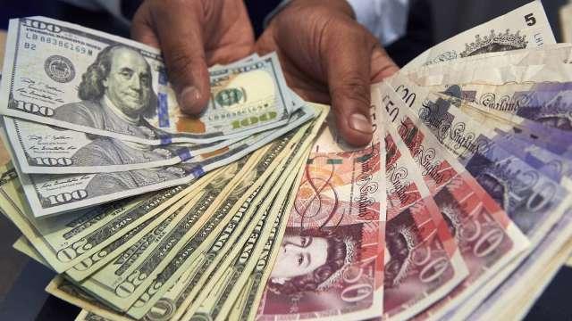 〈紐約匯市〉市場靜待下一輪刺激措施 美元跌破96 歐元逼近4個月高點(圖片:AFP)