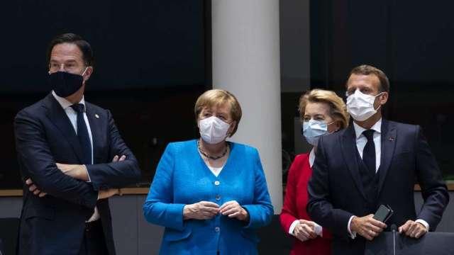 歐盟峰會未達共識 歐元承壓 美元指數反彈(圖:AFP)