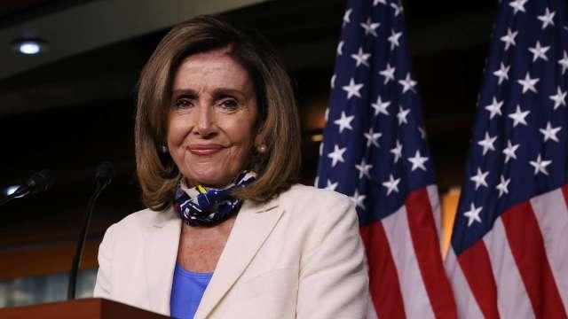 眾議院院長佩洛西 (Nancy Pelosi) 稱,選民和憲法都將促使川普明年 1 月離開白宮。(圖片:AFP)