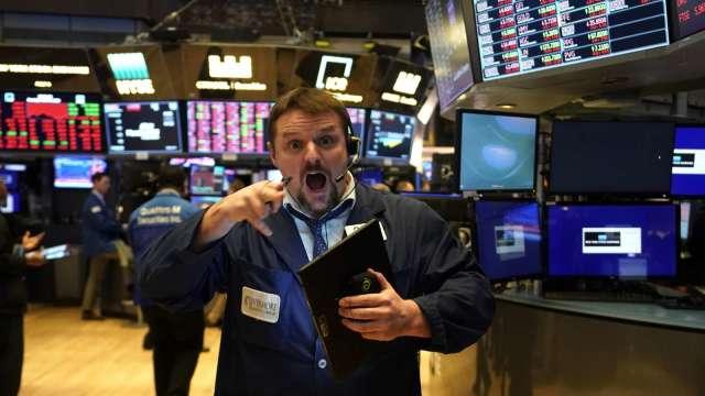 亞馬遜領頭瘋漲!科技巨擘總市值單日暴增近3000億美元(圖片:AFP)