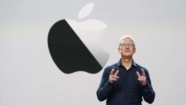 庫克出席聽證會前 蘋果捍衛App Store抽成30%政策 (圖:AFP)