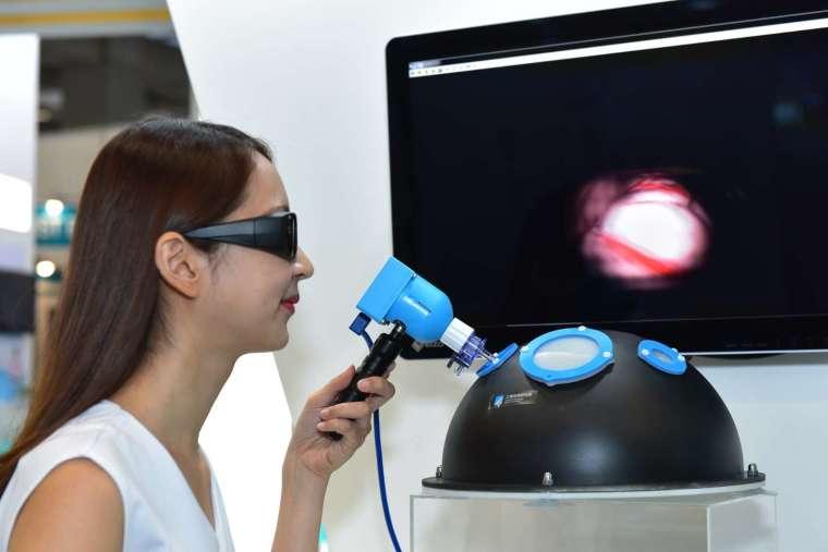 工研院開發出單鏡頭 3D 內視鏡取像模組。(圖工研院提供)