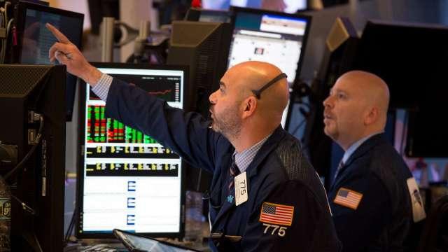 那指抹去3日來漲幅 華爾街警告科技股浮現泡沫(圖片:AFP)