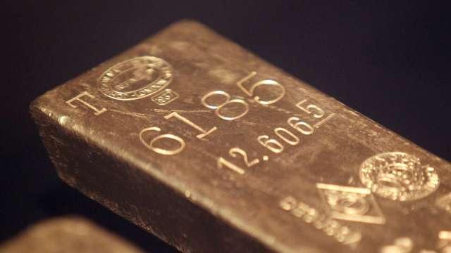 高盛上調黃金目標價至 2300 美元。(圖片:AFP)