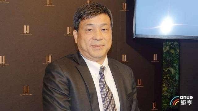 潤泰新董事長簡滄圳。(鉅亨網記者張欽發攝)