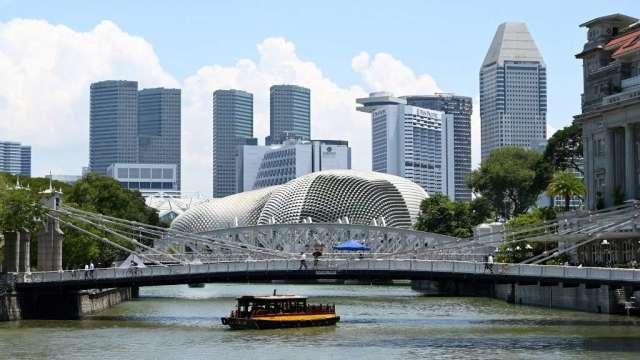 新加坡第2季失業率升至2.9% 為近10年新高(圖:AFP)
