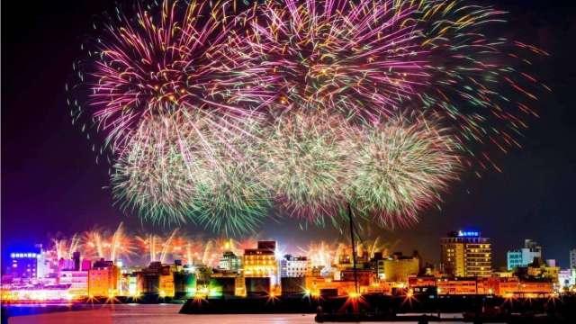 澎湖觀光大爆發 研擬收取近百元登島費 最快2022上路。(圖:澎湖縣府提供)