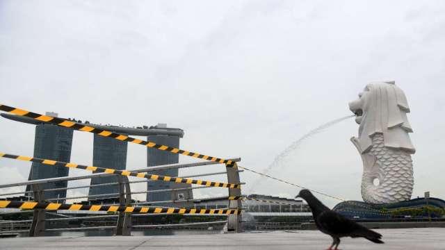 新加坡6月份零售額年減27.8% 跌幅較上月有所緩解(圖片:AFP)