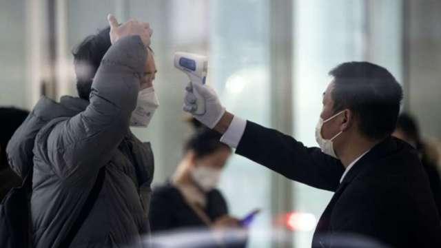 1 名日籍男性工程師自我國返回日本後確診新冠肺炎。(圖:AFP)