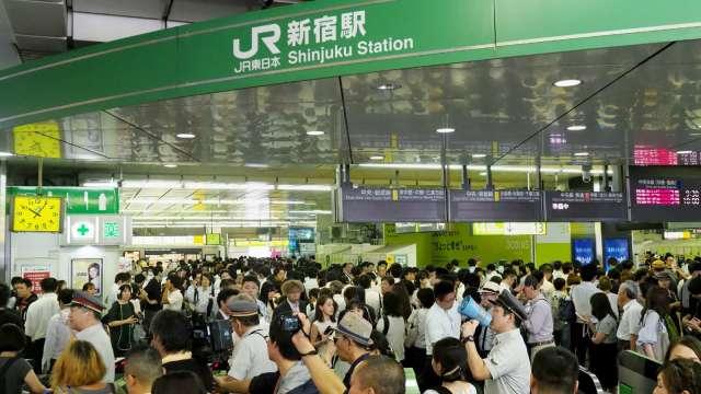 日本人口連續11年減少 外國人數創新高 (圖片:AFP)