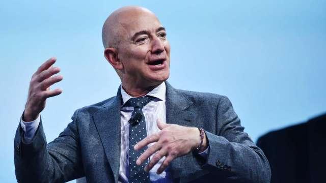 聽證會後一週!全球首富貝佐斯出售30億美元亞馬遜持股 (圖片:AFP)