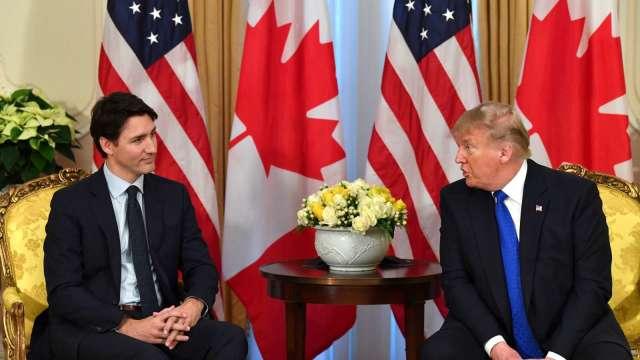 關稅戰又來了!川普重啟加拿大進口鋁材 10% 關稅。(圖片:AFP)
